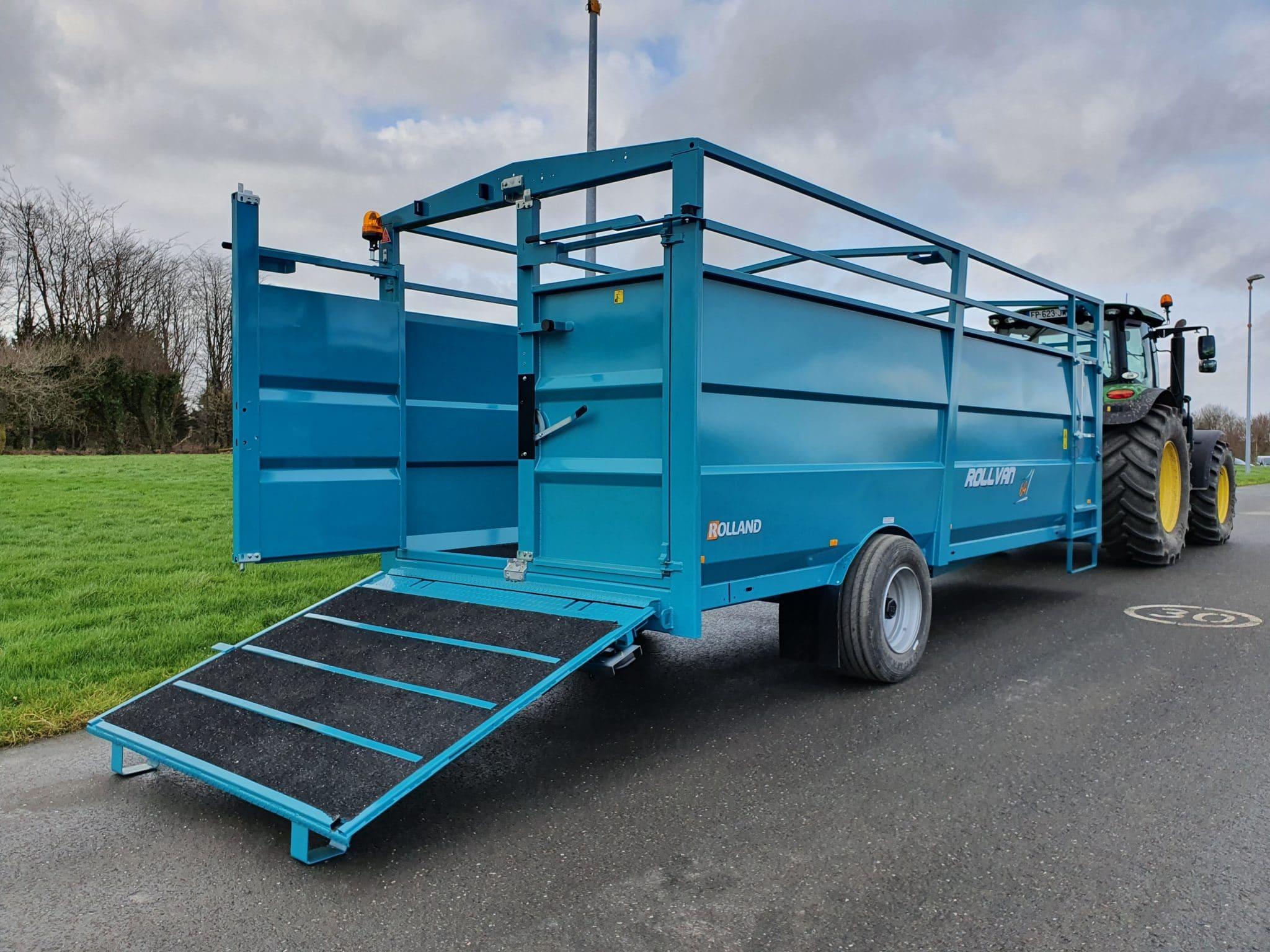 Rollvan 64 – rear loading ramp